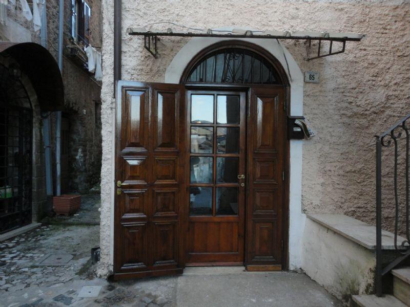 Appartamento in vendita a Cave, 9999 locali, prezzo € 55.000 | Cambio Casa.it