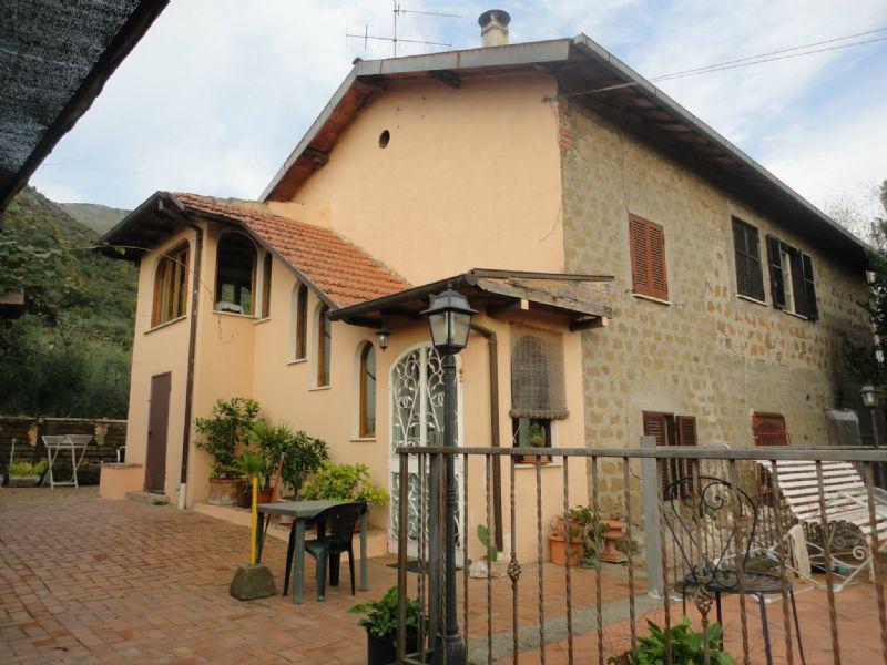 Soluzione Indipendente in vendita a Cave, 9999 locali, prezzo € 249.000 | Cambio Casa.it