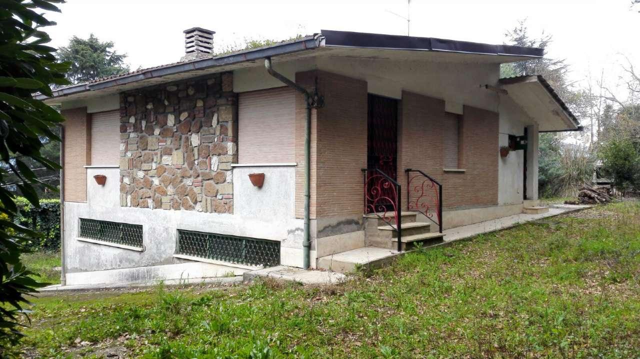 Soluzione Indipendente in vendita a Genazzano, 8 locali, prezzo € 125.000 | Cambio Casa.it