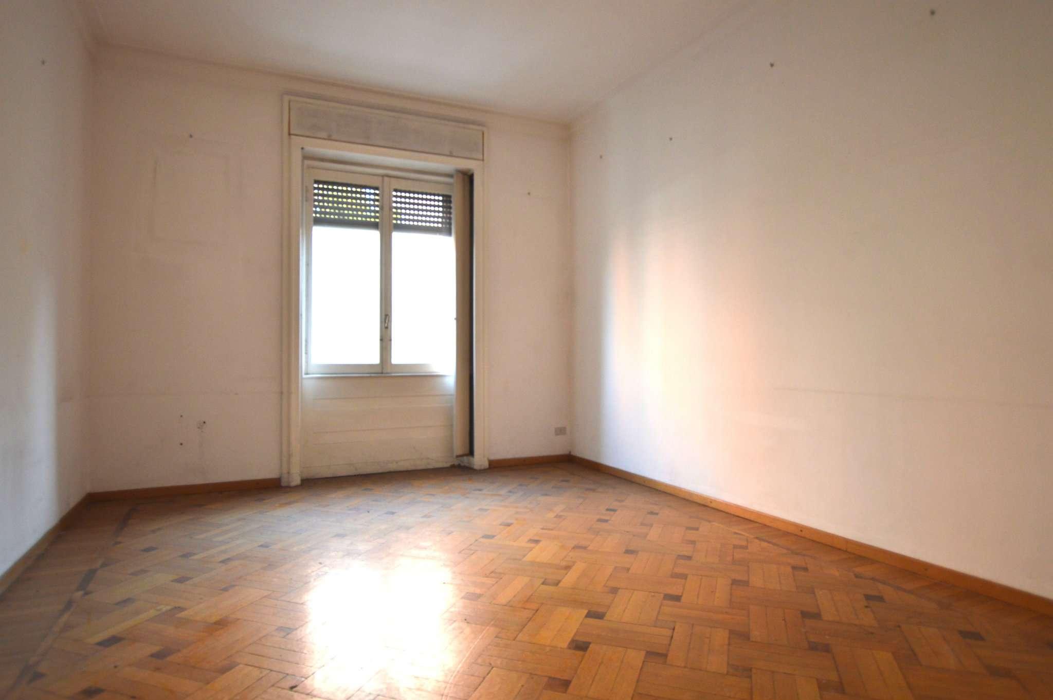 Appartamento in affitto a milano via della moscova for Appartamento design affitto milano