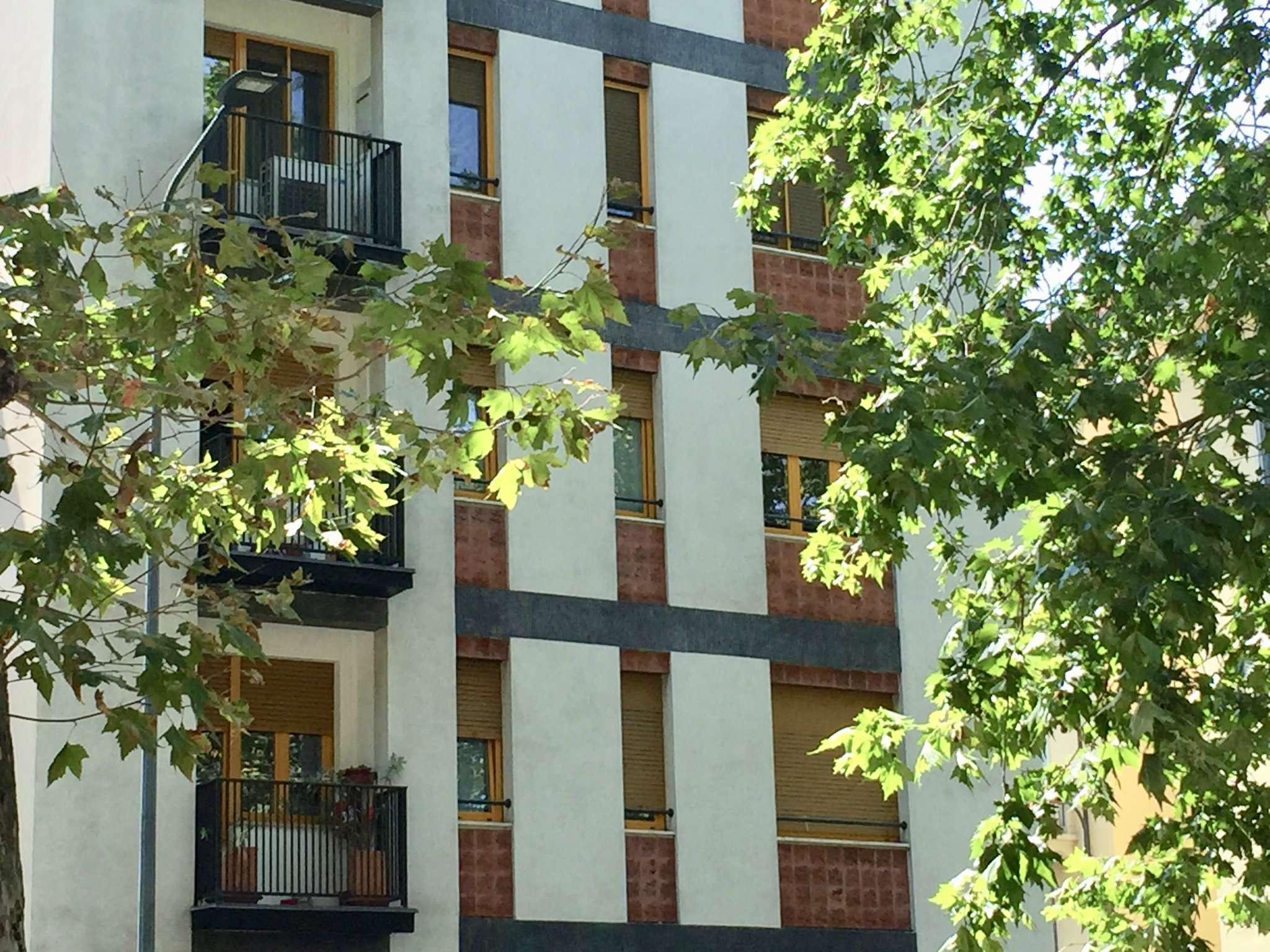 Appartamento in affitto a milano via via govone for Appartamento design affitto milano