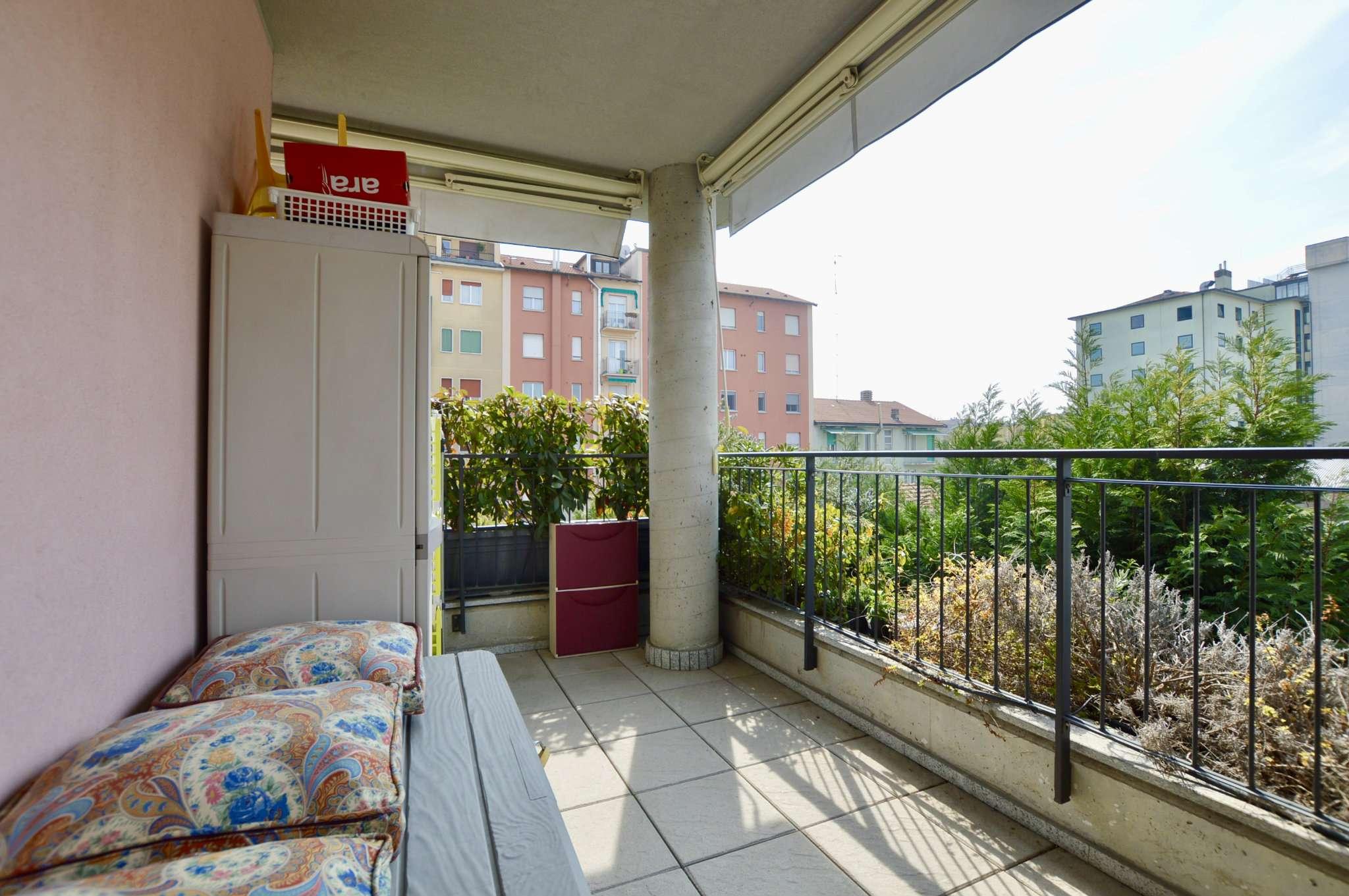 Appartamento in Vendita a Milano 18 Ippodromo / San Siro / Zavattari:  2 locali, 58 mq  - Foto 1