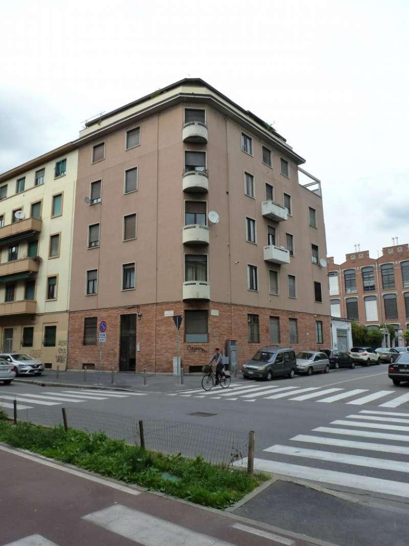 Appartamento in Vendita a Milano 29 Certosa / Bovisa / Dergano / Maciachini / Istria / Testi: 2 locali, 75 mq