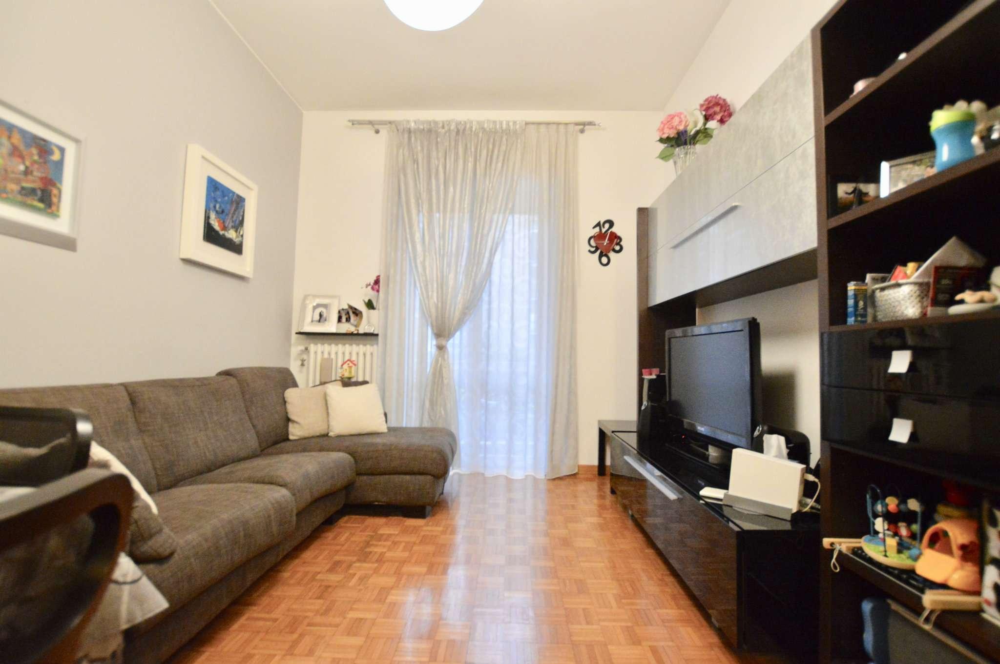 Appartamento in Vendita a Milano 17 Marghera / Wagner / Fiera: 3 locali, 85 mq