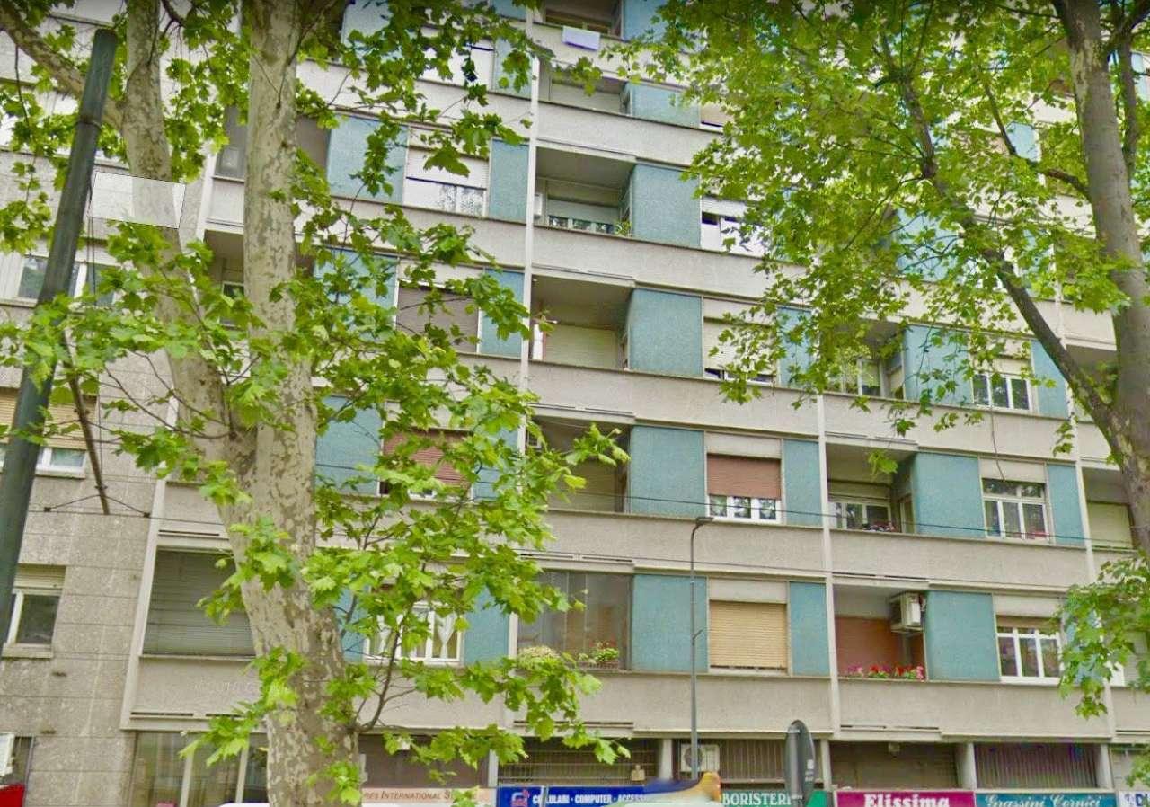 Appartamento in Vendita a Milano 29 Certosa / Bovisa / Dergano / Maciachini / Istria / Testi: 2 locali, 73 mq