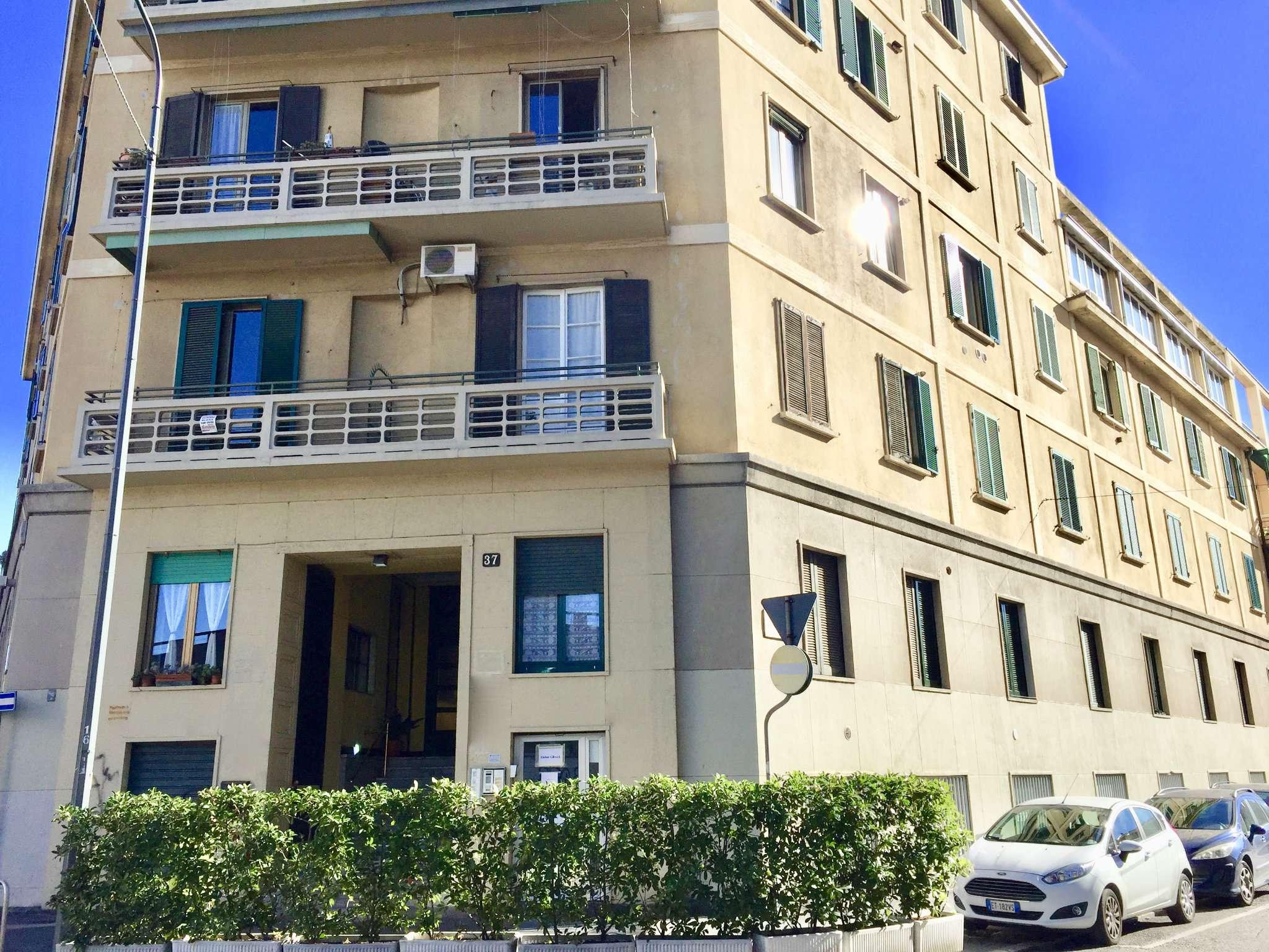 Appartamento in Vendita a Milano 29 Certosa / Bovisa / Dergano / Maciachini / Istria / Testi:  2 locali, 60 mq  - Foto 1