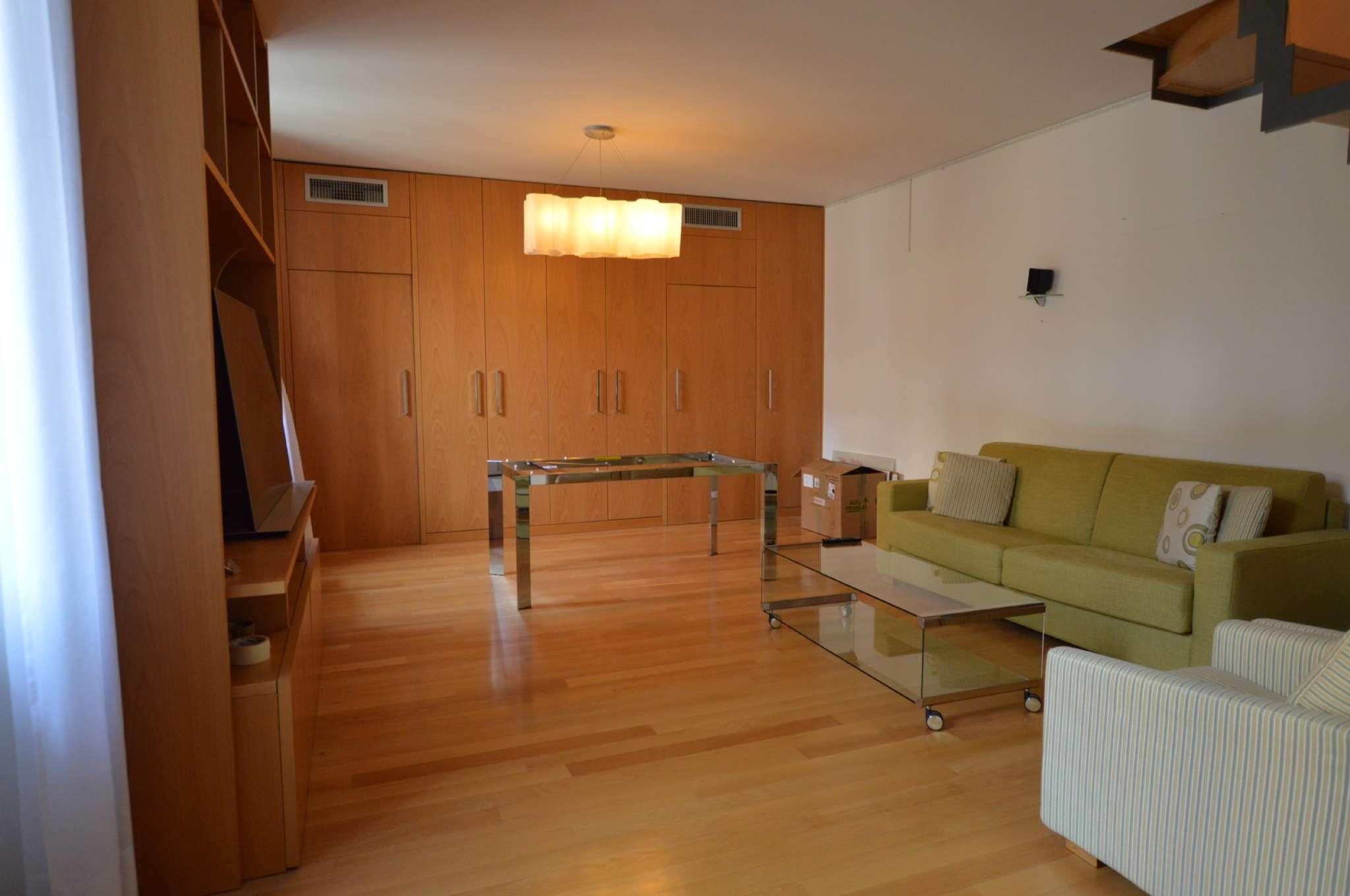 Appartamento in Affitto a Milano 08 Vercelli / Magenta / Cadorna / Washington:  2 locali, 80 mq  - Foto 1