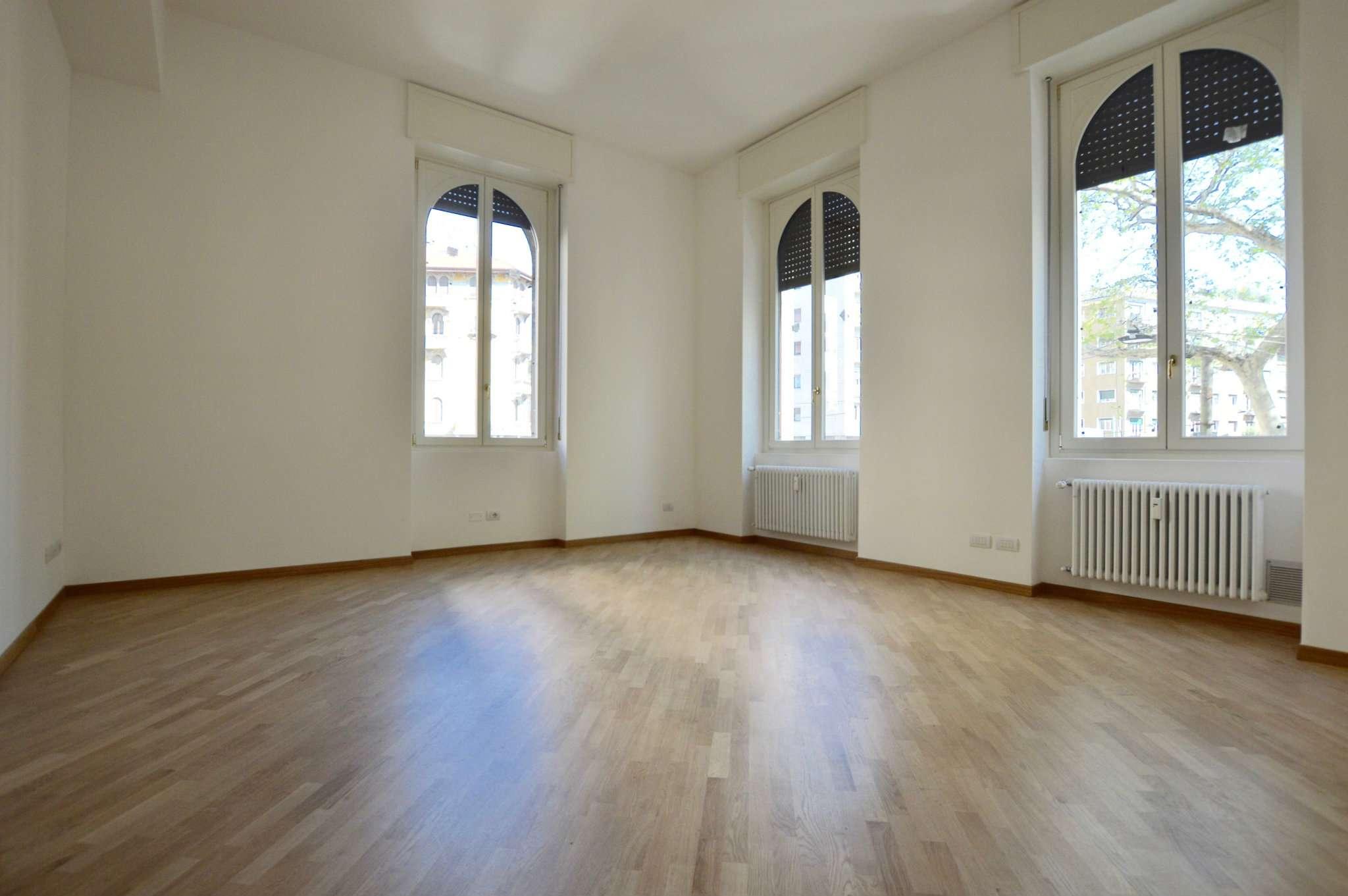 Appartamento in Affitto a Milano 01 Centro storico (Cerchia dei Navigli):  3 locali, 110 mq  - Foto 1