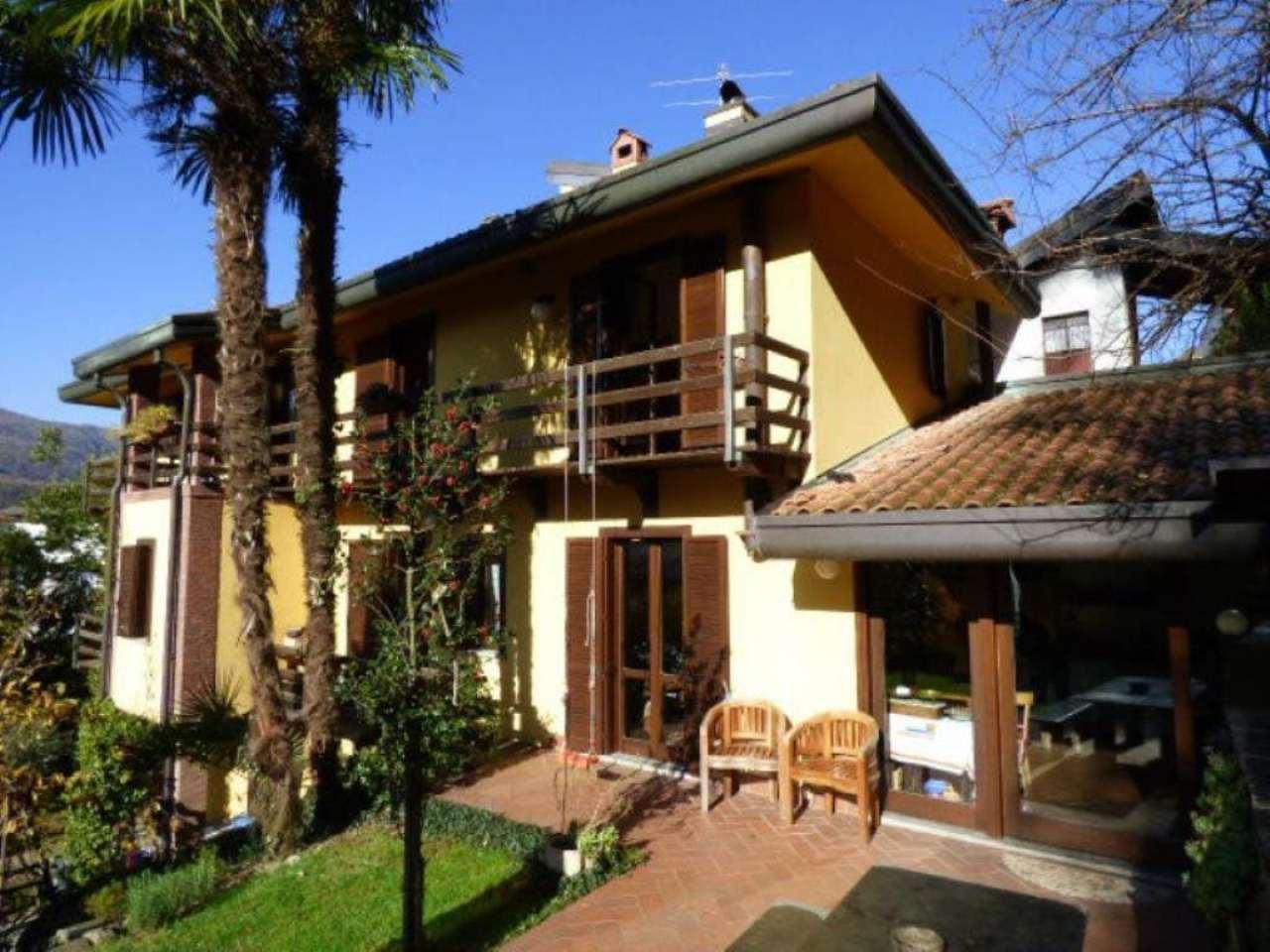 Soluzione Indipendente in vendita a Porto Ceresio, 4 locali, prezzo € 490.000 | Cambio Casa.it