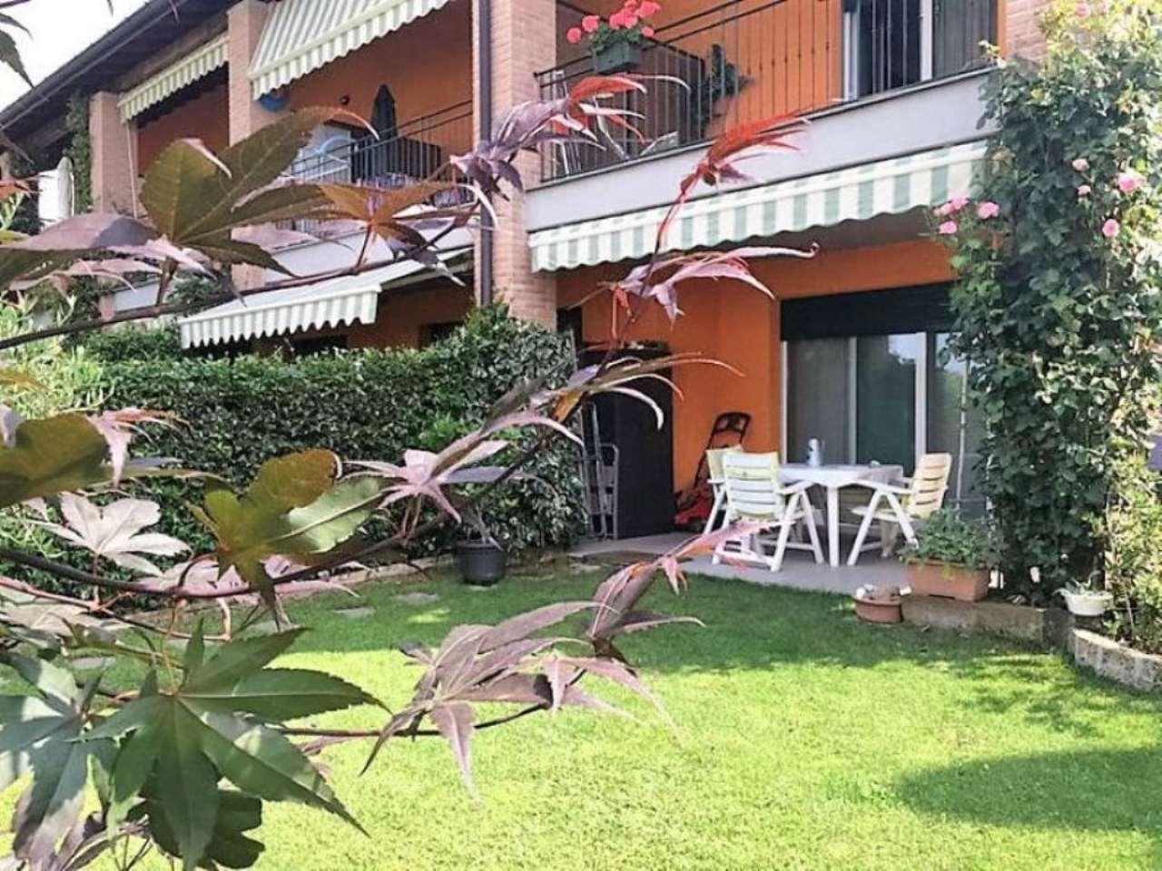 Soluzione Indipendente in vendita a Malnate, 5 locali, prezzo € 295.000 | Cambio Casa.it