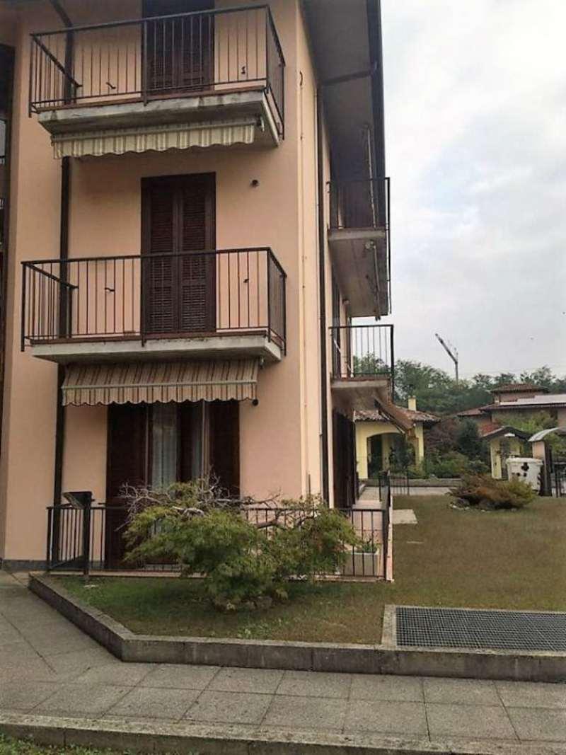Appartamento in vendita a Malnate, 2 locali, prezzo € 115.000 | CambioCasa.it