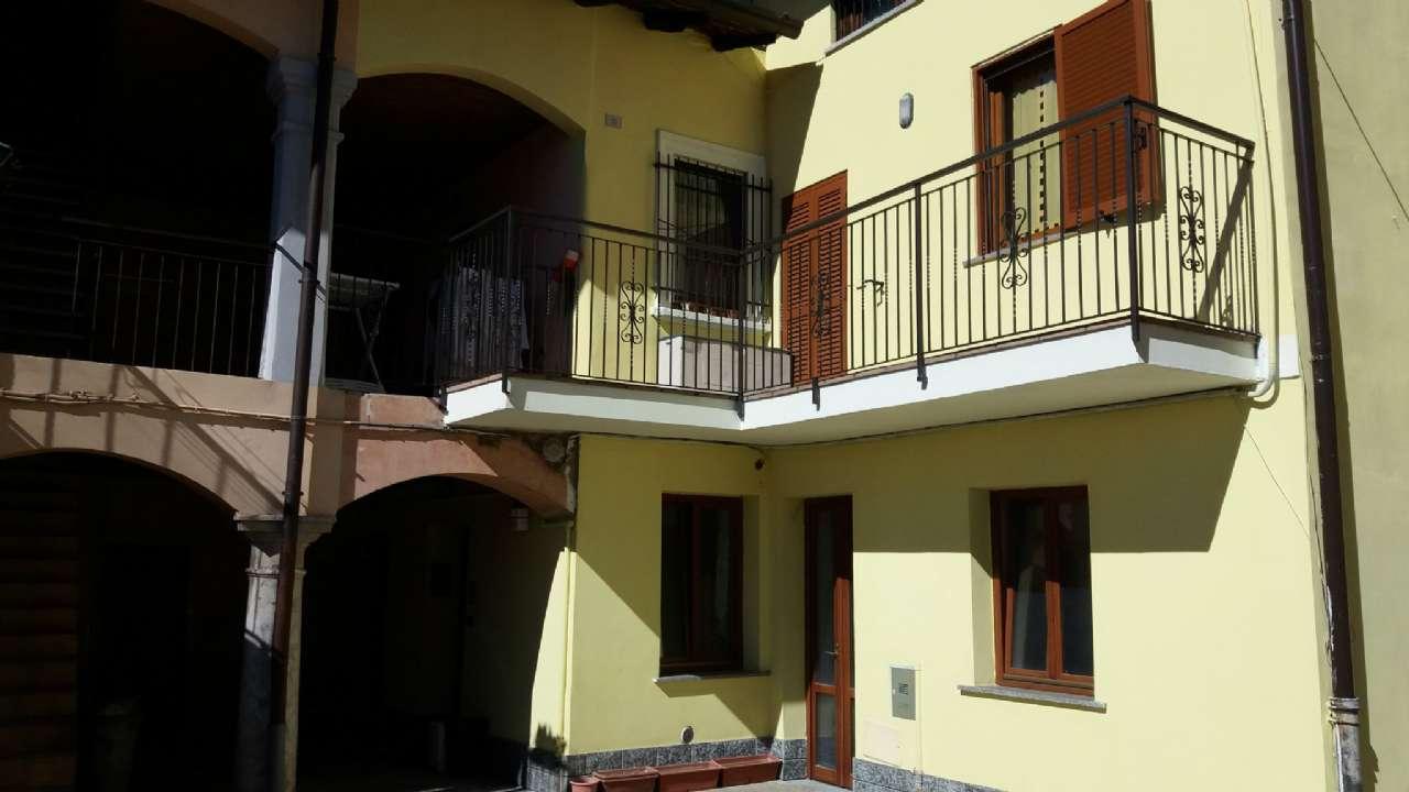 Appartamento in vendita a Malnate, 3 locali, prezzo € 75.000 | CambioCasa.it