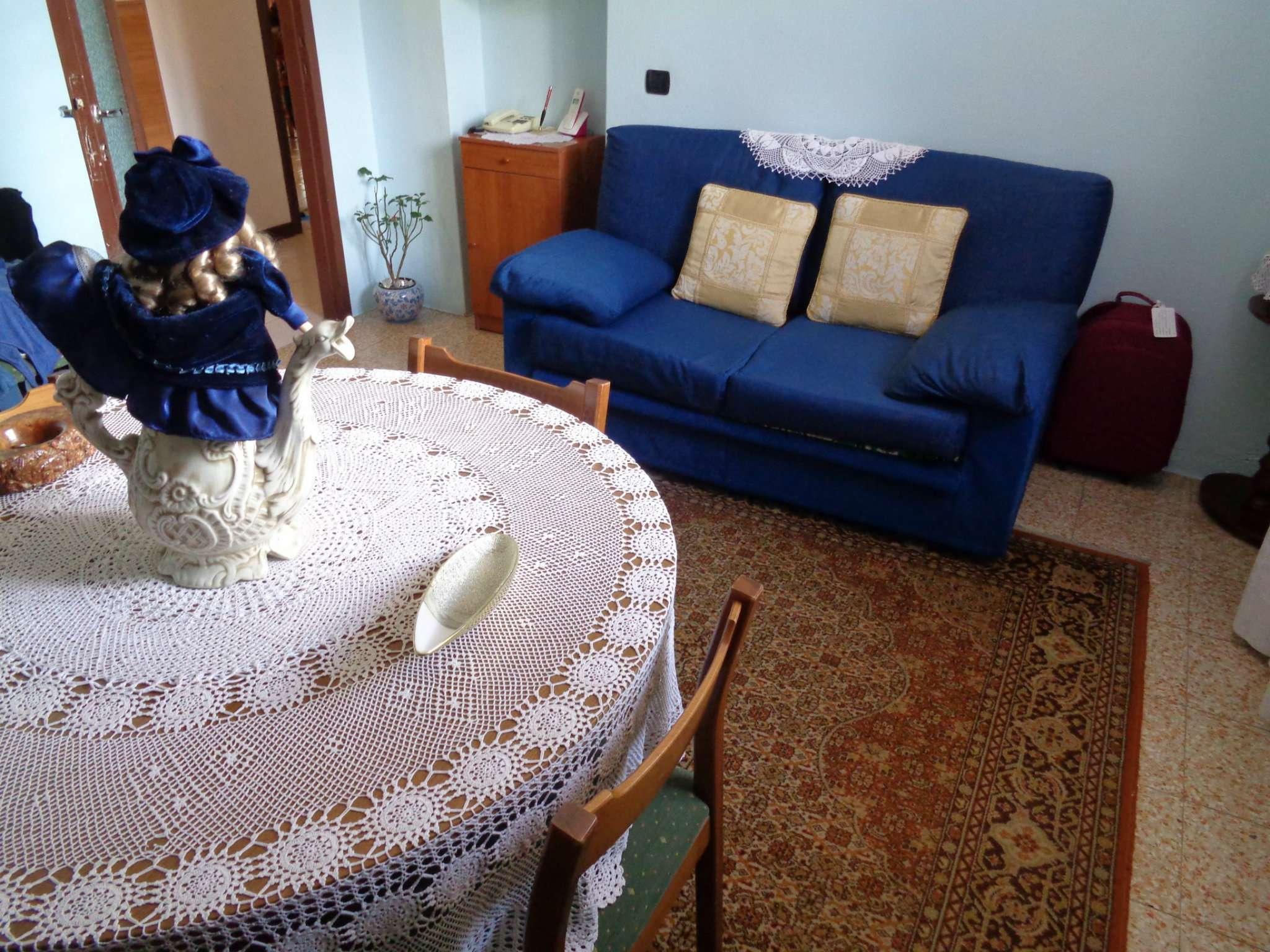 Appartamento in vendita a Malnate, 2 locali, prezzo € 59.000 | CambioCasa.it