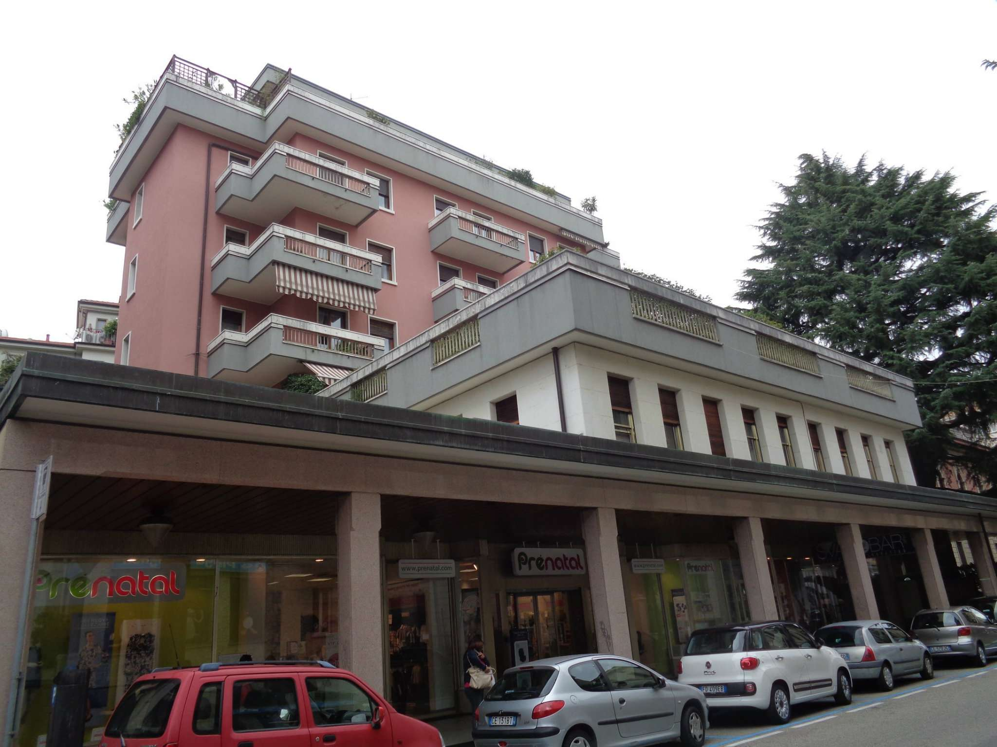 Ufficio / Studio in vendita a Varese, 3 locali, prezzo € 185.000 | CambioCasa.it