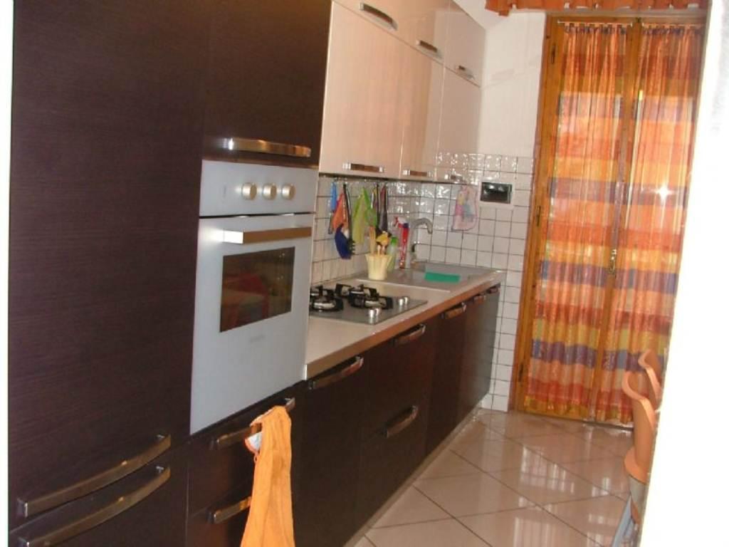 Appartamento in affitto a Pontassieve, 4 locali, prezzo € 650 | Cambio Casa.it