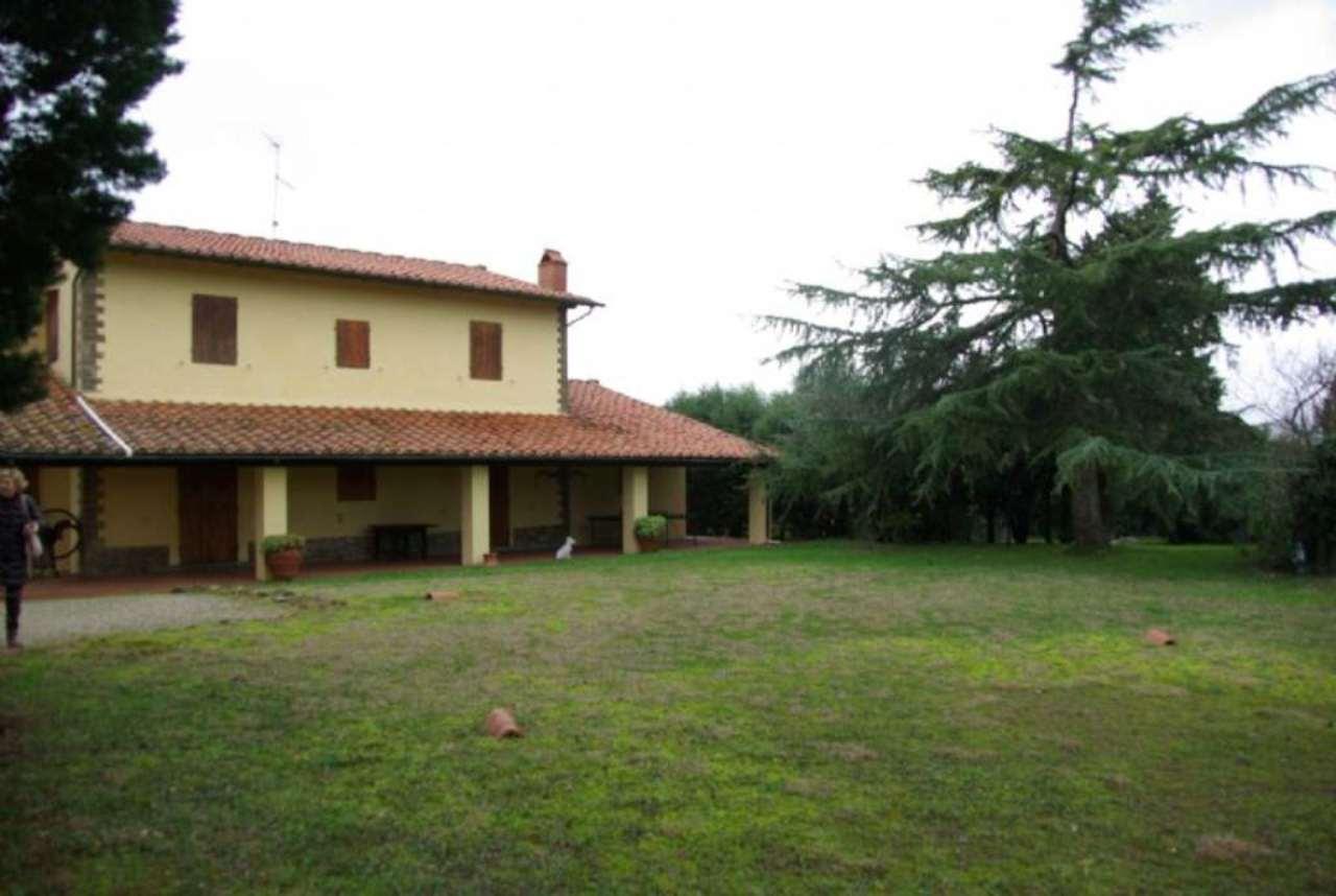Villa in vendita a Lastra a Signa, 9 locali, prezzo € 870.000 | Cambio Casa.it
