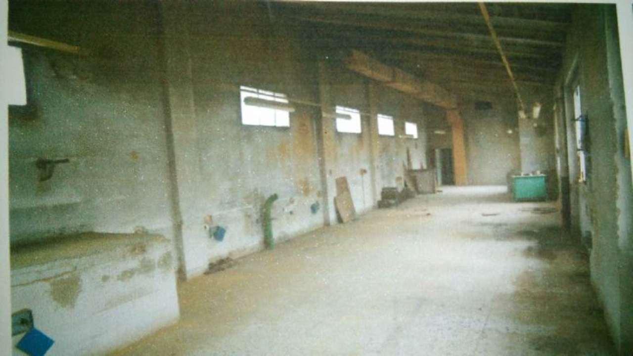 Palazzo / Stabile in vendita a Signa, 9999 locali, prezzo € 165.000 | Cambio Casa.it