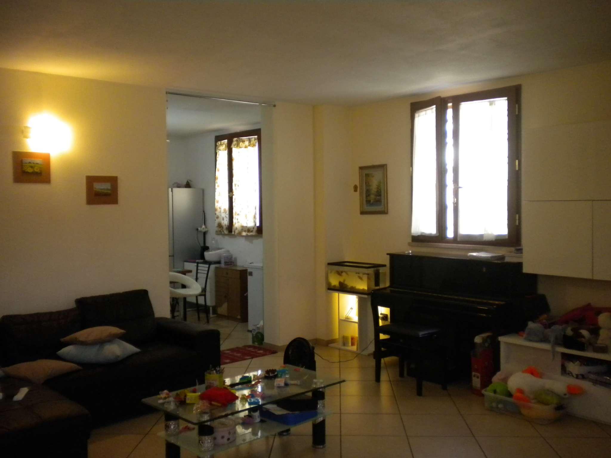 Palazzo / Stabile in affitto a Lastra a Signa, 5 locali, prezzo € 1.000 | CambioCasa.it
