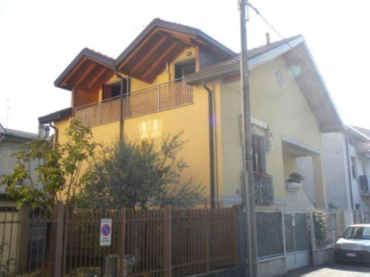Villa in vendita a Nova Milanese, 2 locali, prezzo € 155.000 | Cambio Casa.it
