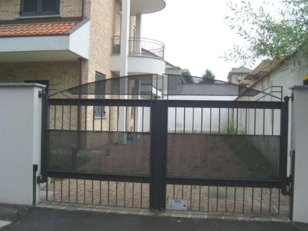 Appartamento in vendita a Desio, 3 locali, prezzo € 300.000 | Cambio Casa.it