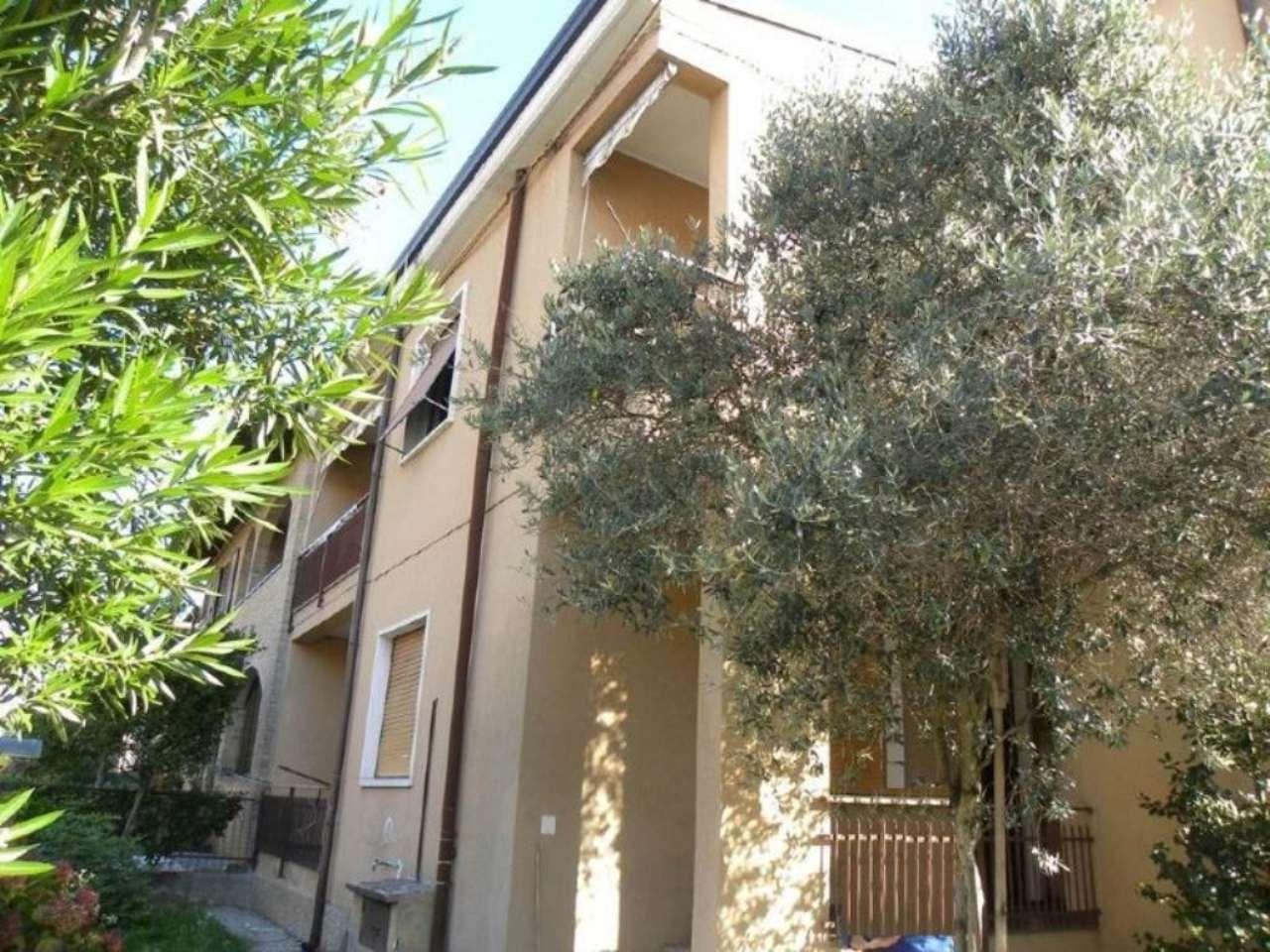 Appartamento in vendita a Desio, 3 locali, prezzo € 135.000 | Cambio Casa.it