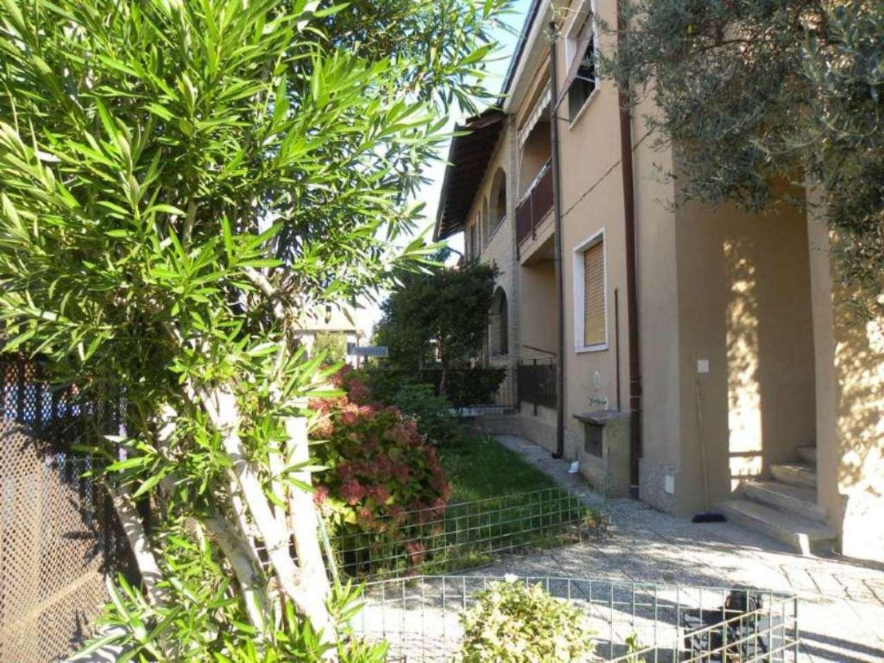 Appartamento in vendita a Desio, 3 locali, prezzo € 125.000 | CambioCasa.it