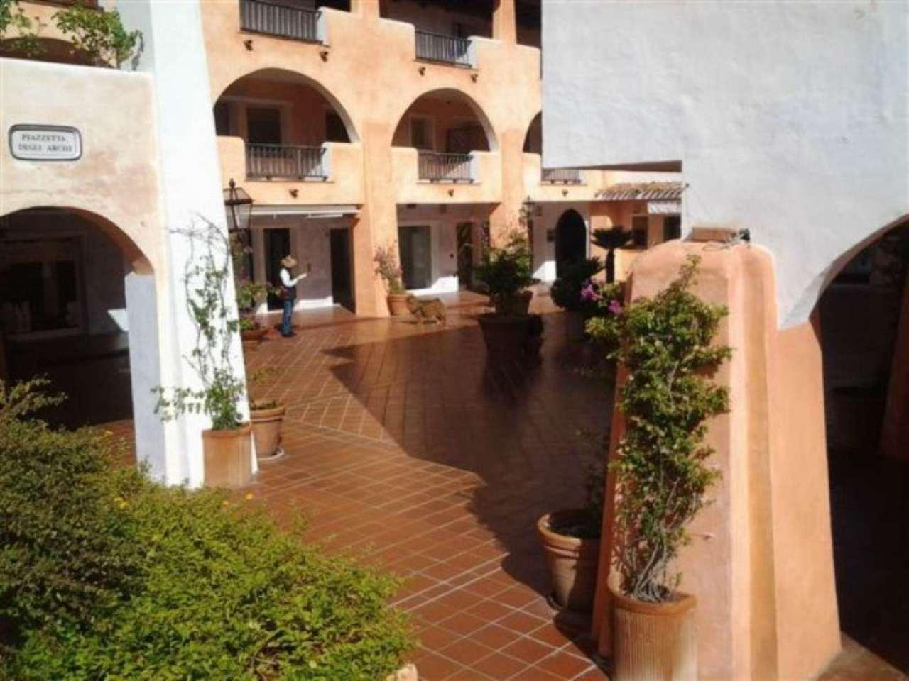 Negozio / Locale in affitto a Arzachena - Porto Cervo, 1 locali, prezzo € 4.750 | Cambio Casa.it