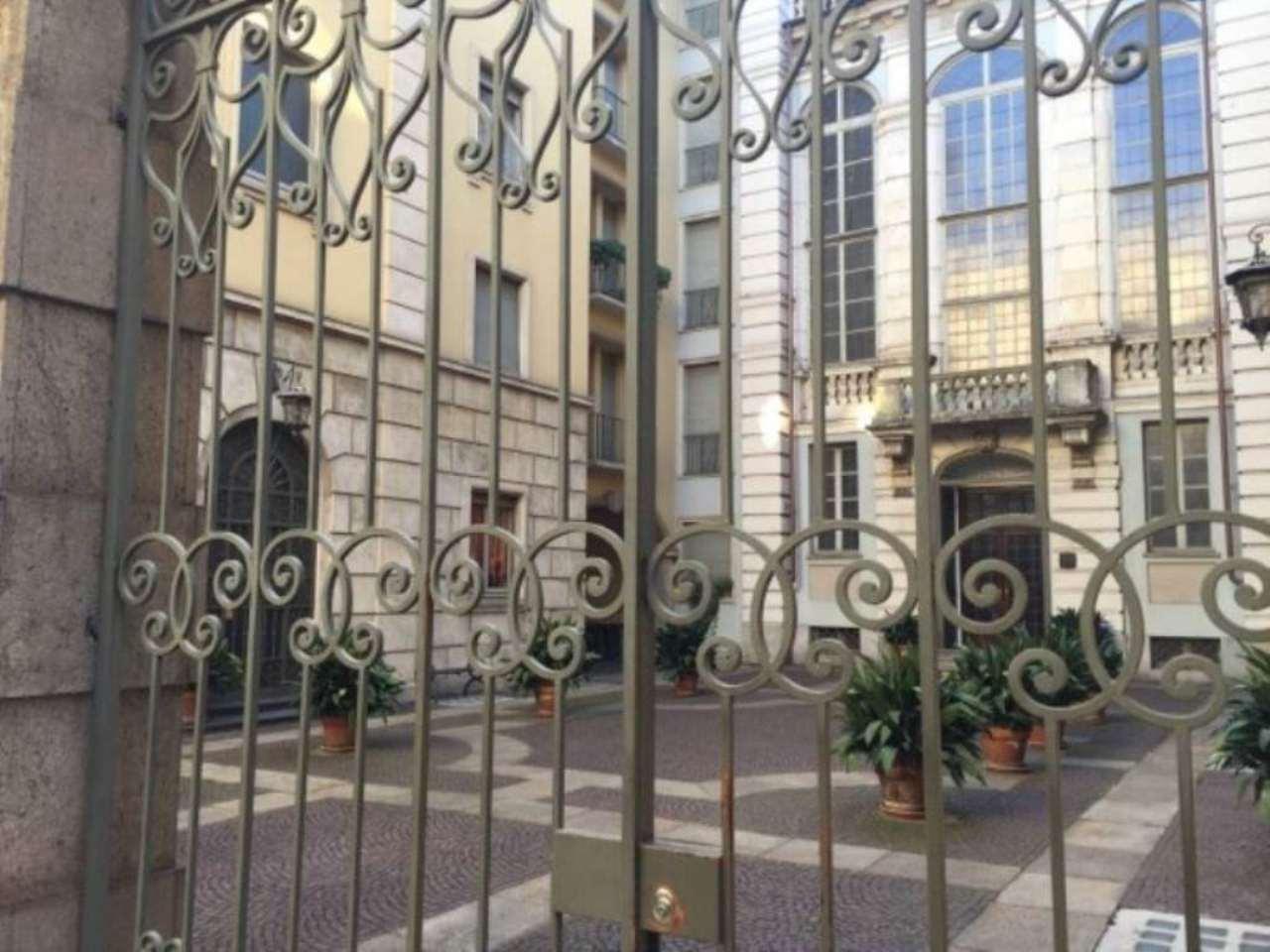 Magazzino in affitto a Torino, 1 locali, zona Zona: 1 . Centro, Quadrilatero Romano, Repubblica, Giardini Reali, prezzo € 600   Cambio Casa.it
