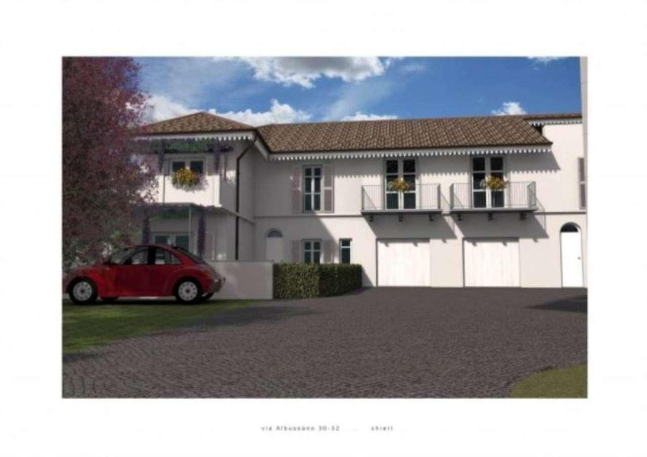 Villa in vendita a Chieri, 6 locali, prezzo € 400.000 | Cambio Casa.it