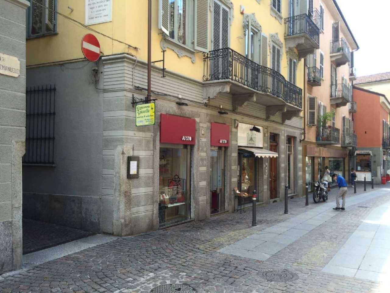 Negozio / Locale in affitto a Chieri, 2 locali, prezzo € 1.200 | Cambio Casa.it