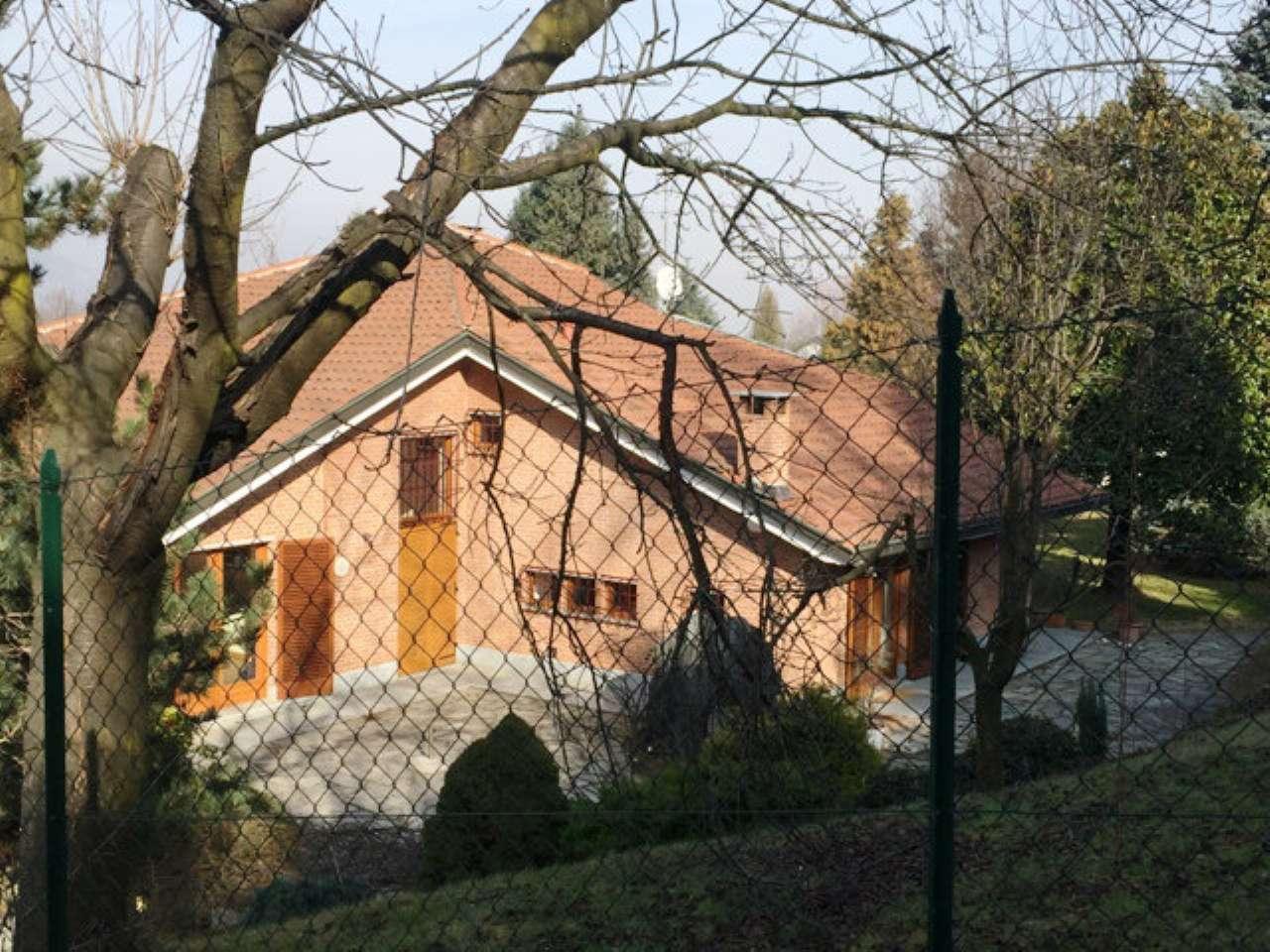 Soluzione Indipendente in affitto a Rosta, 8 locali, prezzo € 2.000 | Cambio Casa.it
