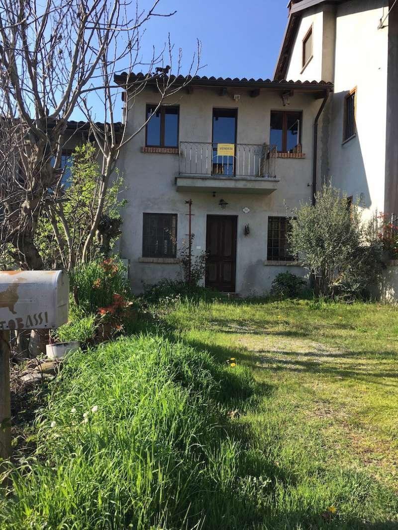 Rustico / Casale in vendita a Pino Torinese, 5 locali, prezzo € 168.000 | Cambio Casa.it