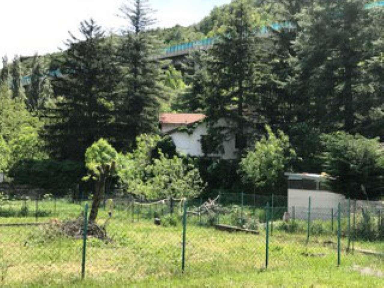 Rustico / Casale in vendita a Giaglione, 15 locali, prezzo € 60.000 | Cambio Casa.it