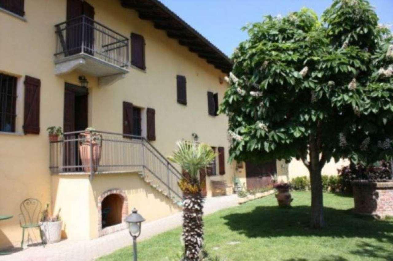 Soluzione Indipendente in vendita a Monale, 9999 locali, prezzo € 350.000 | Cambio Casa.it