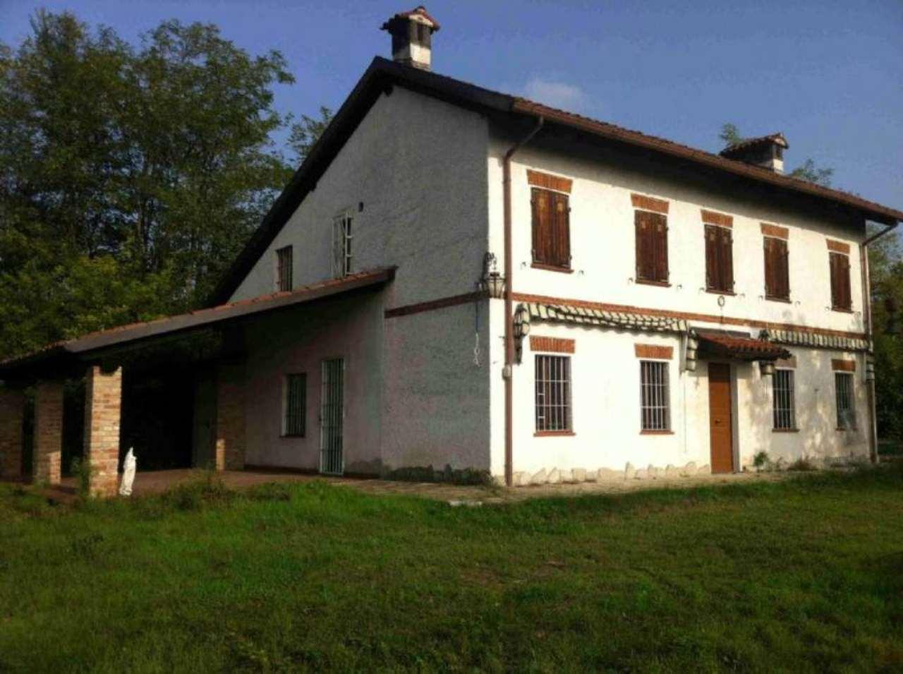 Villa in vendita a Masio, 8 locali, prezzo € 220.000 | Cambio Casa.it