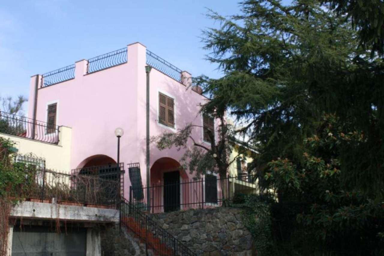 Villa a Schiera in vendita a Celle Ligure, 6 locali, prezzo € 590.000 | Cambio Casa.it