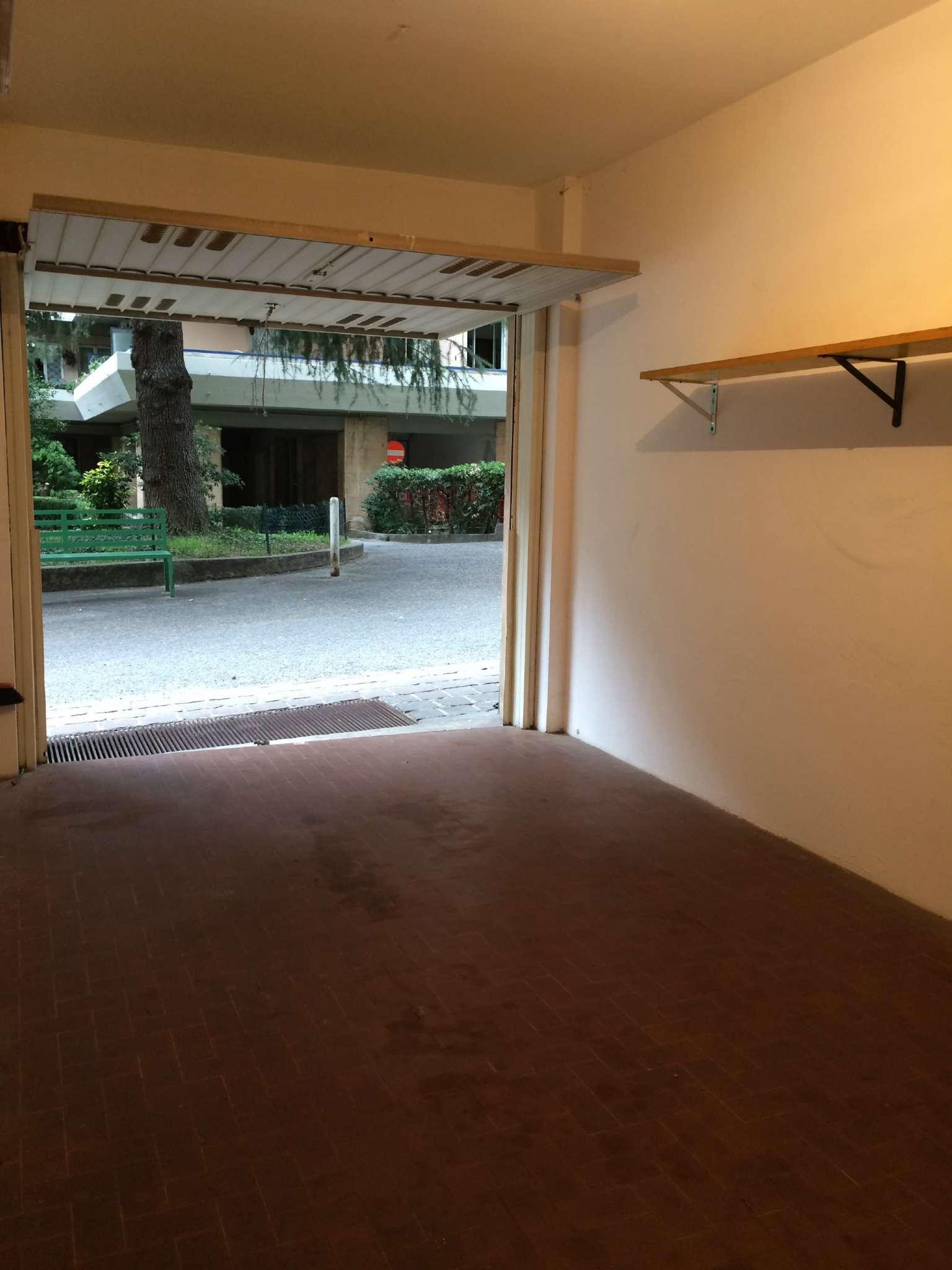 Box / Garage in affitto a Genova, 9999 locali, zona Zona: 13 . Sestri Ponente, Medio Ponente, prezzo € 150 | Cambio Casa.it