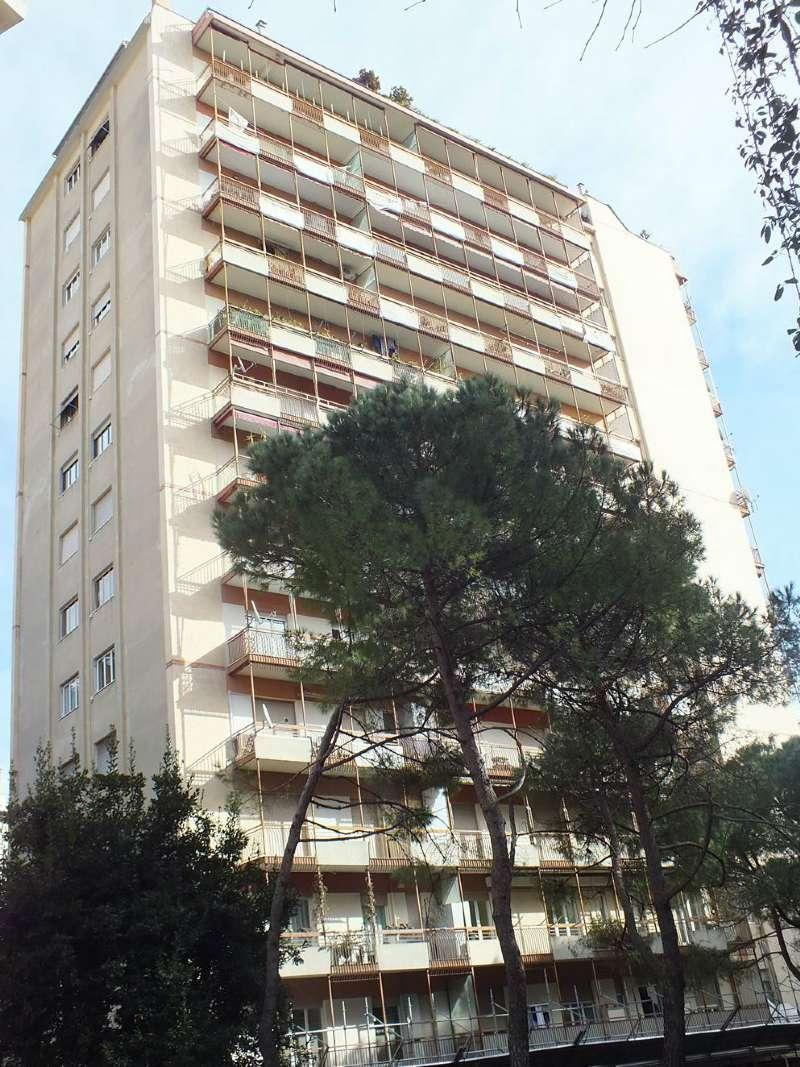 Appartamento in vendita a Genova, 7 locali, zona Zona: 14 . Pegli, prezzo € 650.000 | Cambio Casa.it