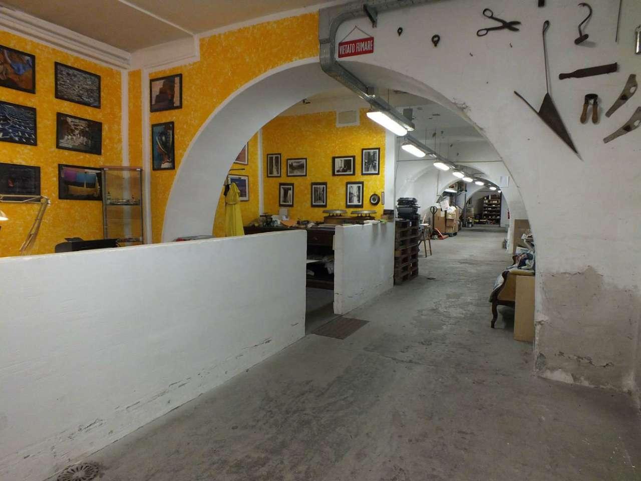 Negozio / Locale in Vendita a Genova