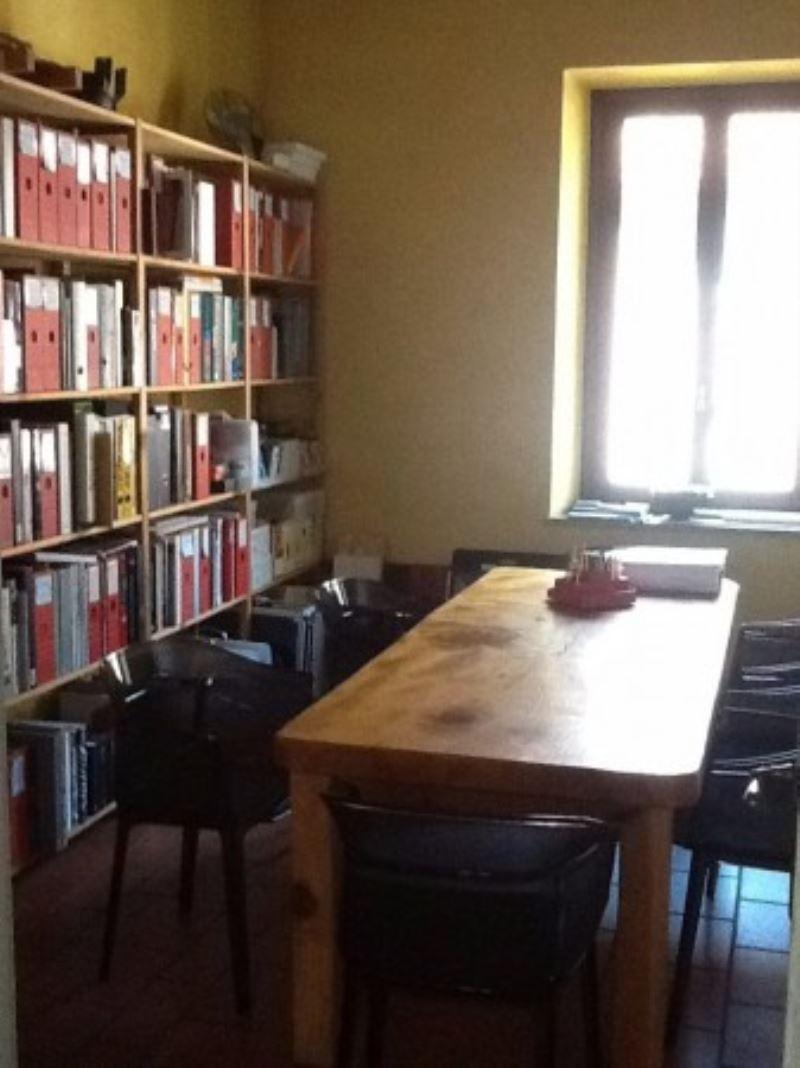 Ufficio / Studio in vendita a Solbiate Arno, 3 locali, prezzo € 180.000 | Cambio Casa.it