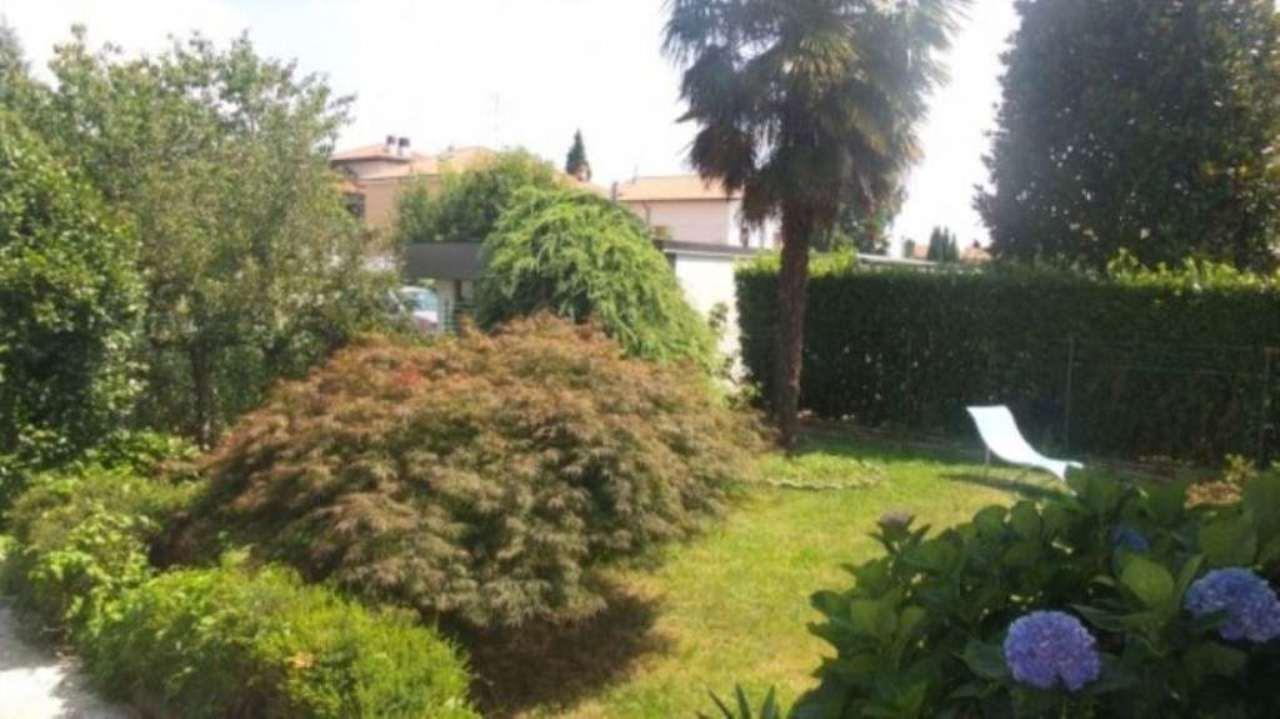 Villa a Schiera in vendita a Carnago, 4 locali, prezzo € 270.000 | Cambio Casa.it