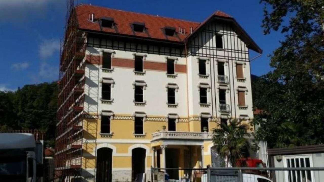 Appartamento in vendita a Viggiù, 3 locali, prezzo € 240.000 | Cambio Casa.it