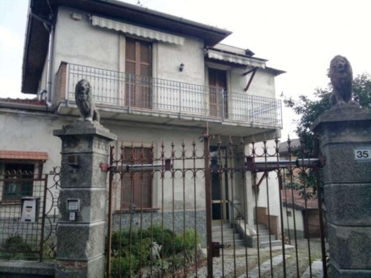 Villa in vendita a Sumirago, 5 locali, prezzo € 215.000 | Cambio Casa.it