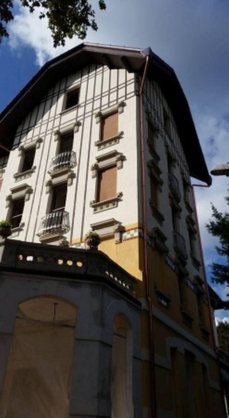 Bilocale Viggiù Via Roma 8