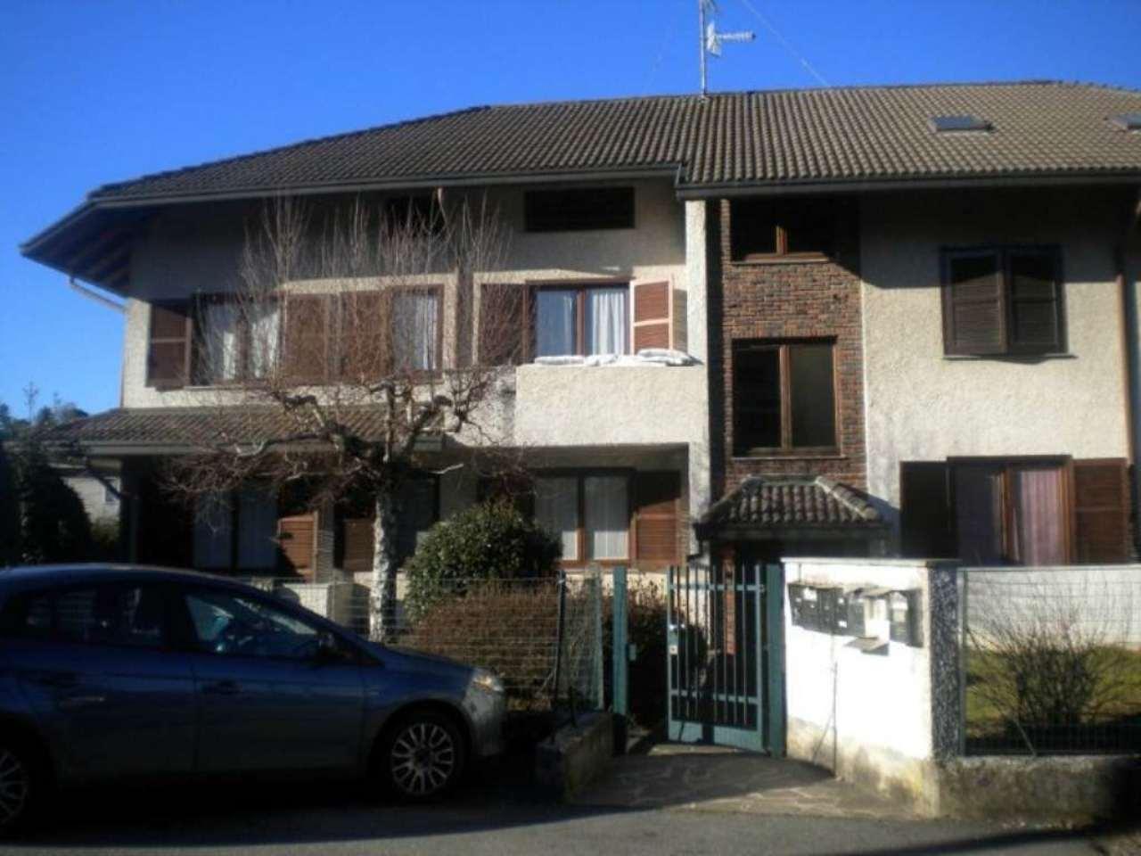 Appartamento in vendita a Albizzate, 3 locali, prezzo € 175.000 | CambioCasa.it
