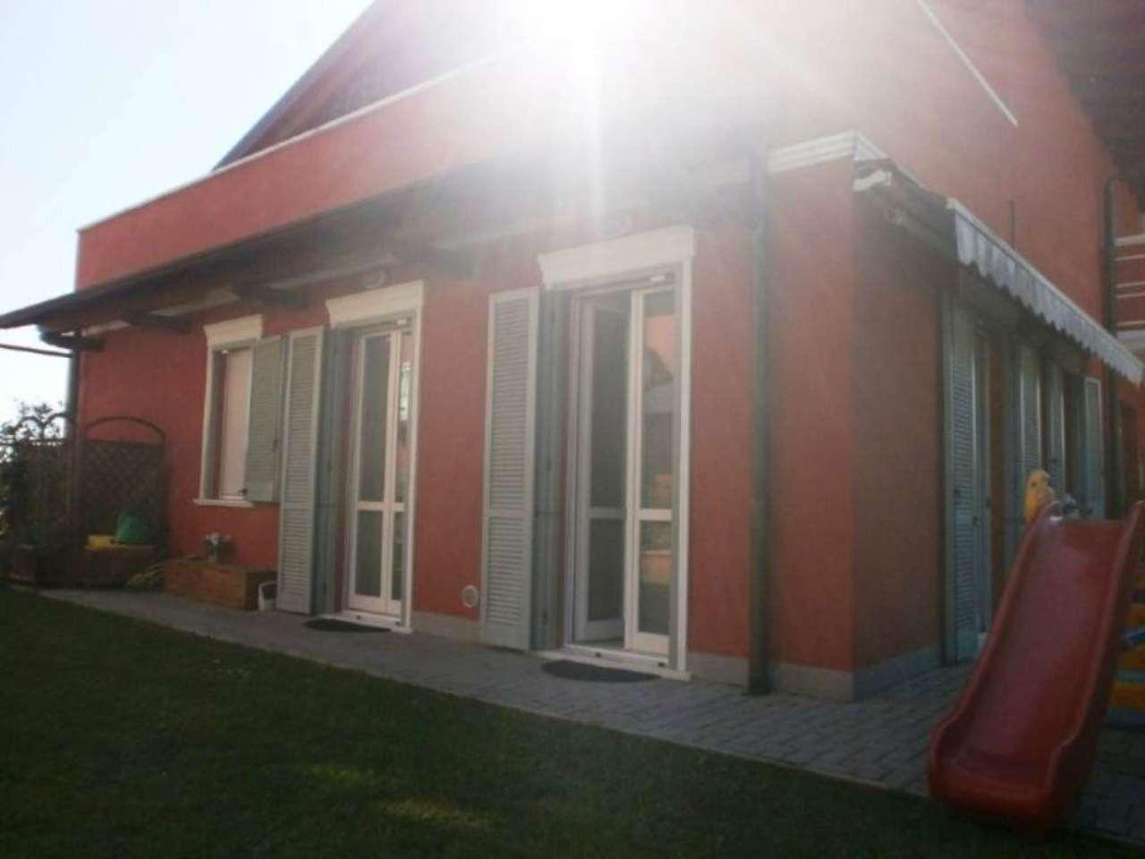 Appartamento in vendita a Caronno Varesino, 3 locali, prezzo € 190.000 | Cambio Casa.it