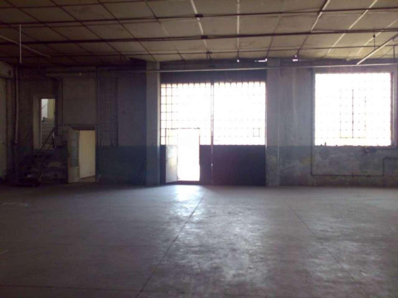 Capannone in vendita a Solbiate Arno, 10 locali, prezzo € 1.100.000   Cambio Casa.it