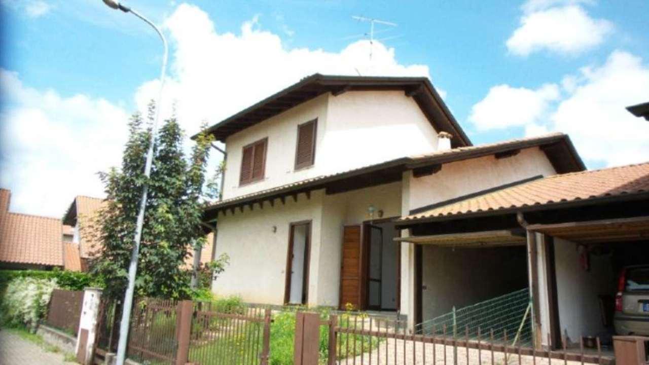 Villa Bifamiliare in vendita a Sumirago, 4 locali, prezzo € 248.000 | Cambio Casa.it