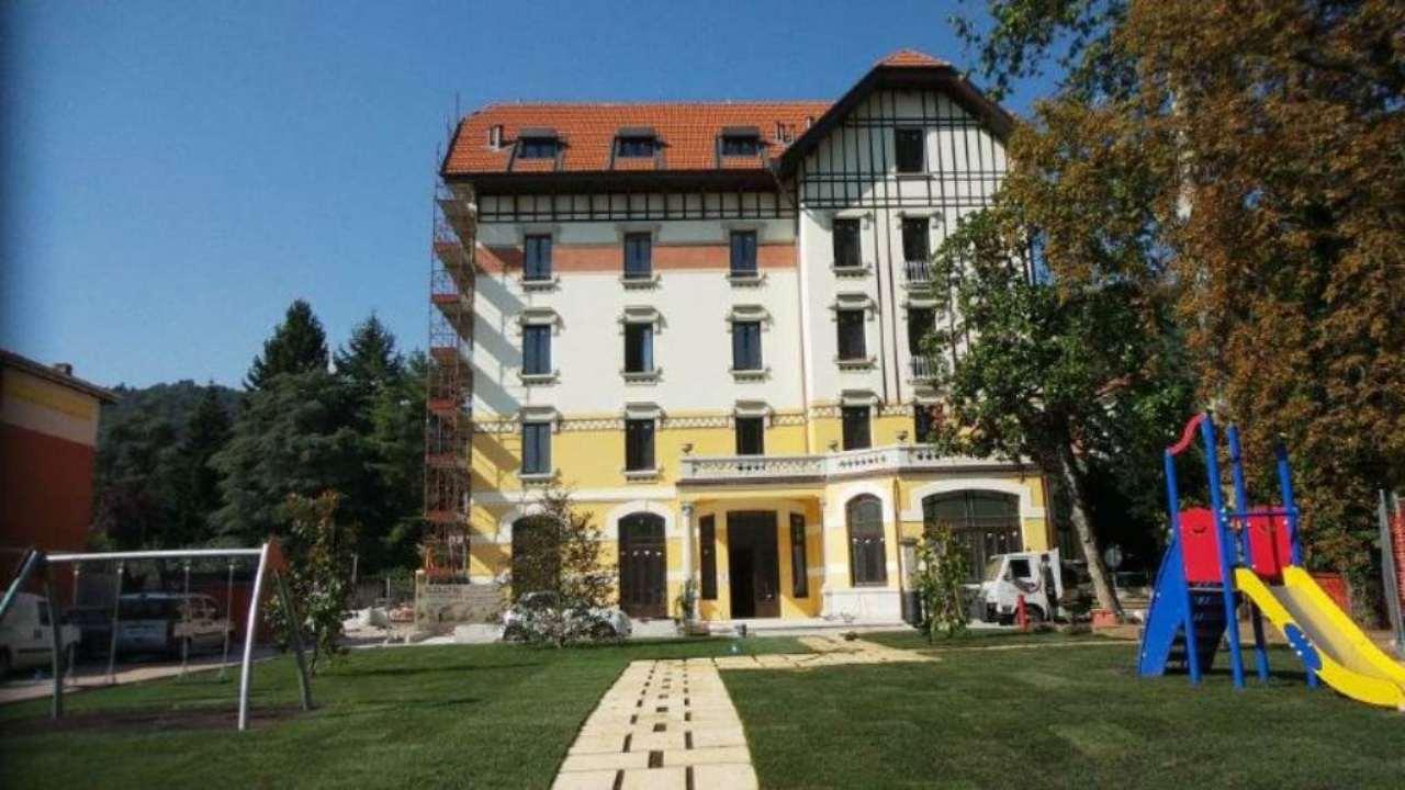 Appartamento in vendita a Viggiù, 3 locali, prezzo € 158.000 | CambioCasa.it