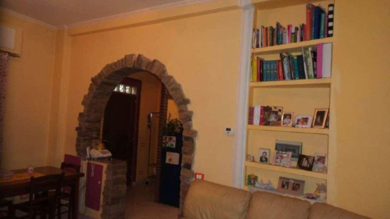 Appartamento in vendita a Solbiate Arno, 3 locali, prezzo € 109.000 | CambioCasa.it